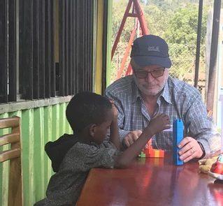 """Kris Demeter, oud pedagogisch directeur, KI Woluwe. Zuidactie: """"Verborgen Schatten"""" Ethiopië."""